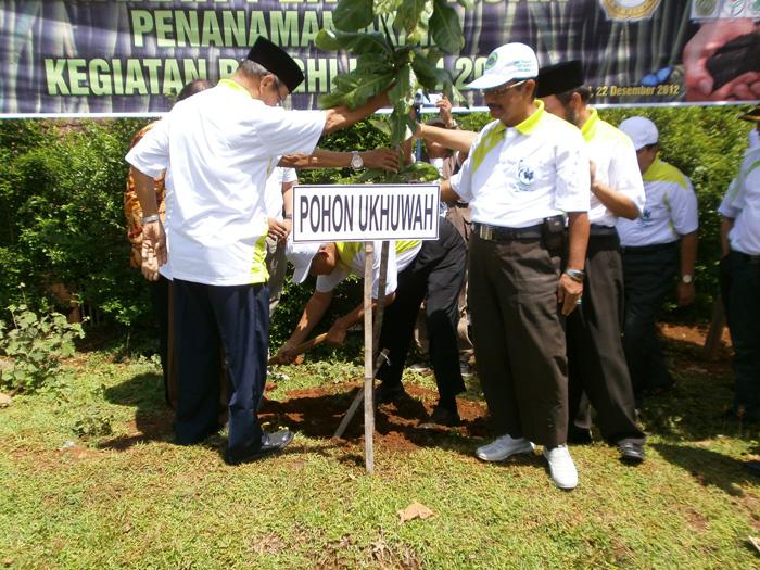 Penanaman Pohon Ukhuwah
