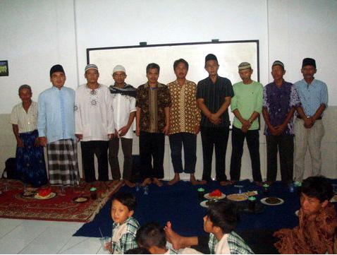 Kunjungan Kades Sumur Bandung Kab. Tangerang Ke LDII