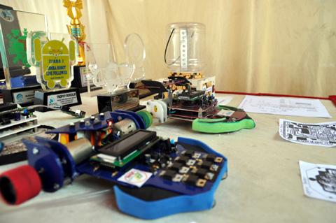Hobi Mengaji Di Masjid Tetap Jadi Juara Robot Nasional