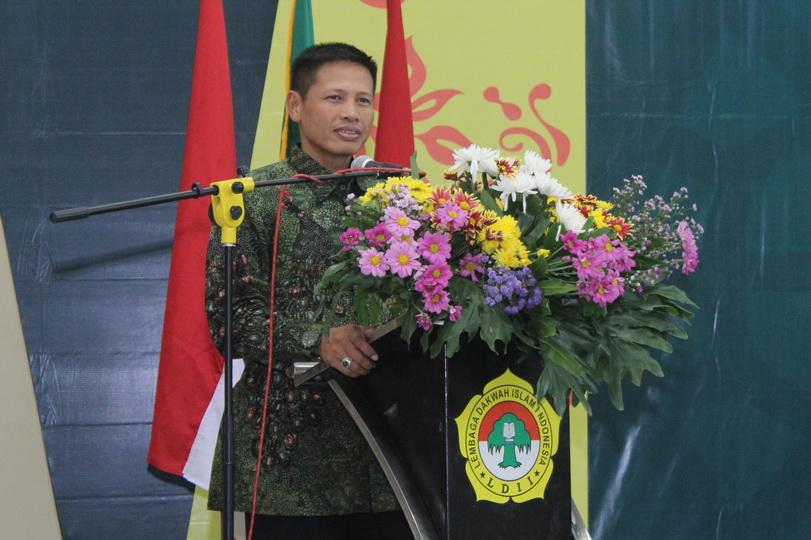 Sambutan Danrem 084/BJ Kolonel Inf. M. Nur Rahmad di Musda VII LDII kota Surabaya.