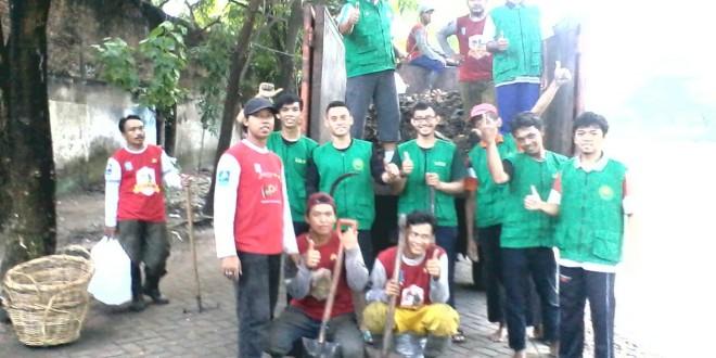 Menyambut HUT 723 Kota Surabaya, Pemkot Ajak Masyarakat Bersih-Bersih Bantaran Sungai